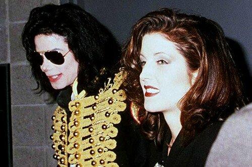 1994-Elvis-Presley-Tribute-Concert-Back-In-1994-michael-jackson-and-lisa-marie-33699635-500-331