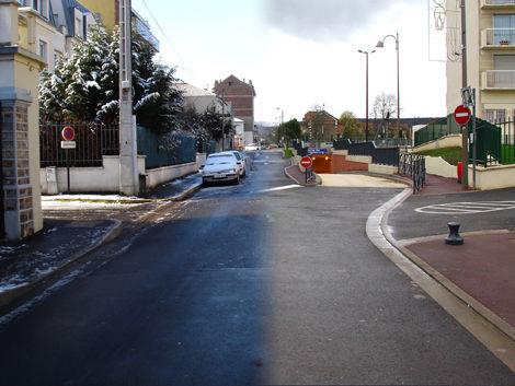 La rue de la Station à Franconville
