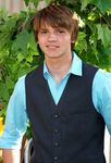 joel_courtney_premiere_the_odd_life_of_timothy_green_01