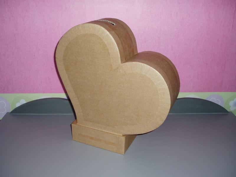 une urne pour un mariage en commande mobilier en carton et palettes en r gion centre val de. Black Bedroom Furniture Sets. Home Design Ideas
