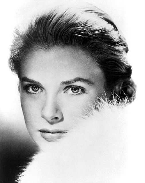 gracekelly (1)