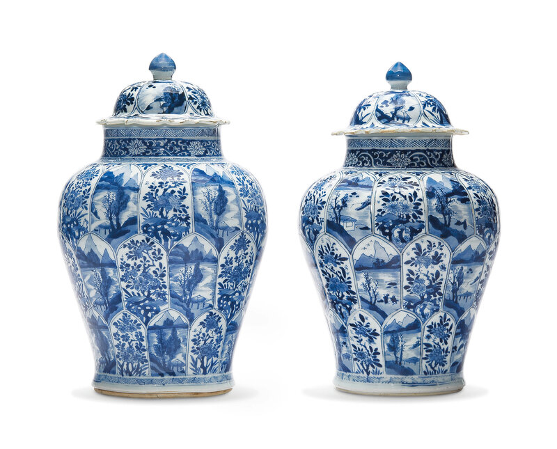 A large pair of blue and white jars and covers, Kangxi period (1662-1722)