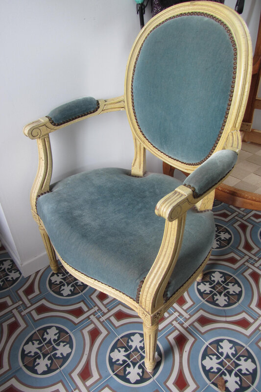 fauteuil cabriolet Louis XVI
