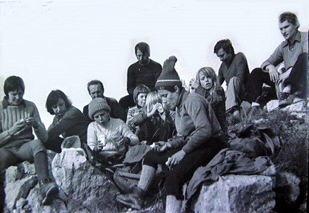 Amitié Nature Fontaine sur la cime de l'Aiguillette de Quaix - Novembre 1973