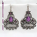 boucles_d_oreille_style_tibetain_gyalwa_perle_strass_mauve_argen