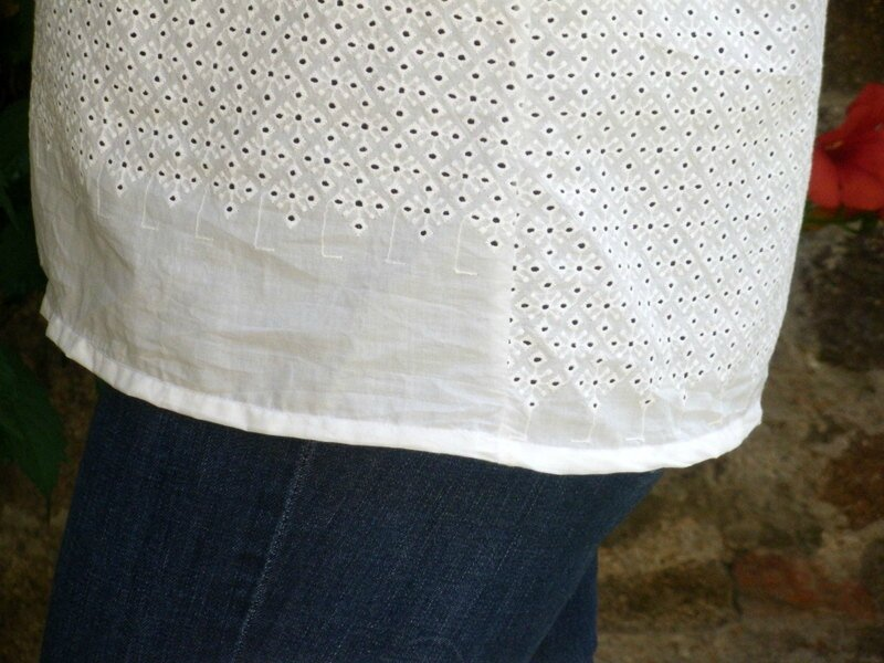 Confortable broderie anglaise (9)