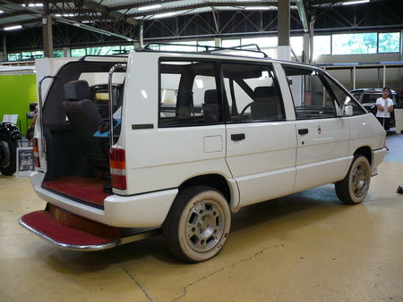 RENAULT_Espace_GTS_Papamobile_1986_Rochetaill_e__1_