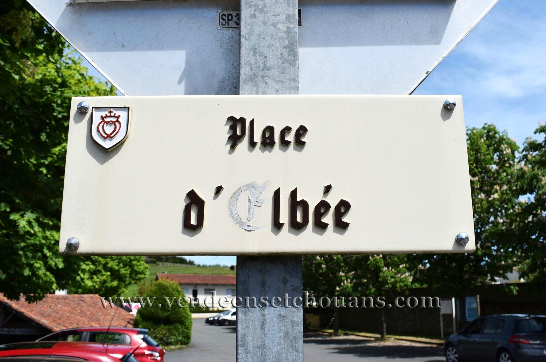 La Flocelliere (85), rue d''Elbée