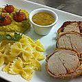 Filet mignon de porc roulé à l'italienne (pesto ou tapenade, tomates séchées & jambon cru), avec farfalles et purée de légumes