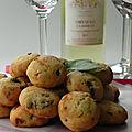 Biscuits salés pour l'apéro au parmesan et aux tomates séchées, sans gluten
