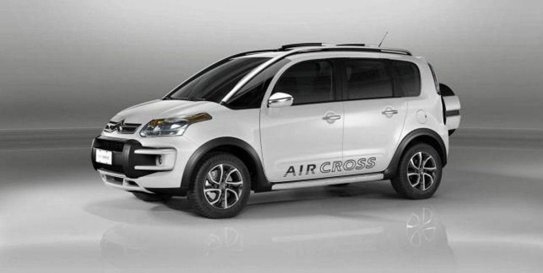 insolite citroen c3 picasso aircross auto planete export. Black Bedroom Furniture Sets. Home Design Ideas