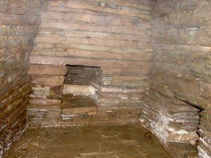 Cairns__Orcades__maeshowe__Tomb_of_Eagles__Unstan__Cuween__006