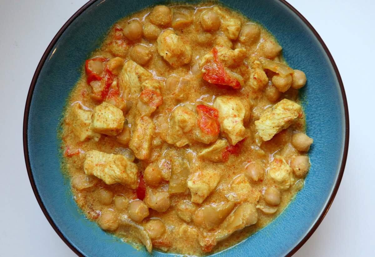 Curry de pois chiches au poulet léger