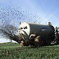 Identite normande: l'agriculture est à surveiller comme le lait sur le feu