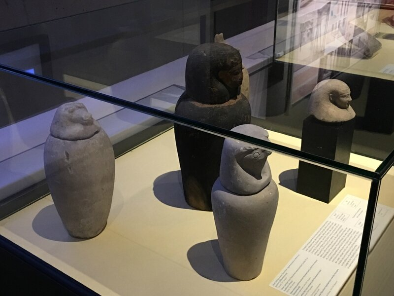 exposition Egypte Scriptorial Avranches 2016 figurines
