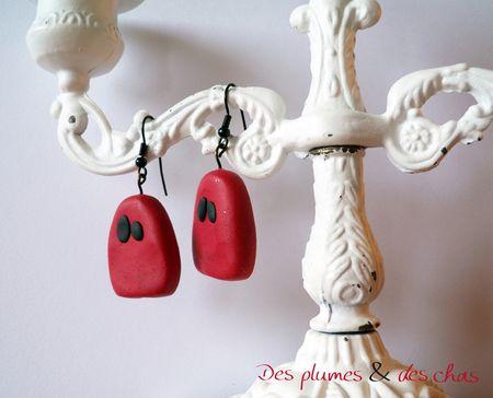 des plumes et des chas_couture_creation textile_fanny callipel_fimo_boucles oreilles