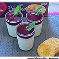 Panna cotta aux fruits rouges et biscuits broyes du poitou