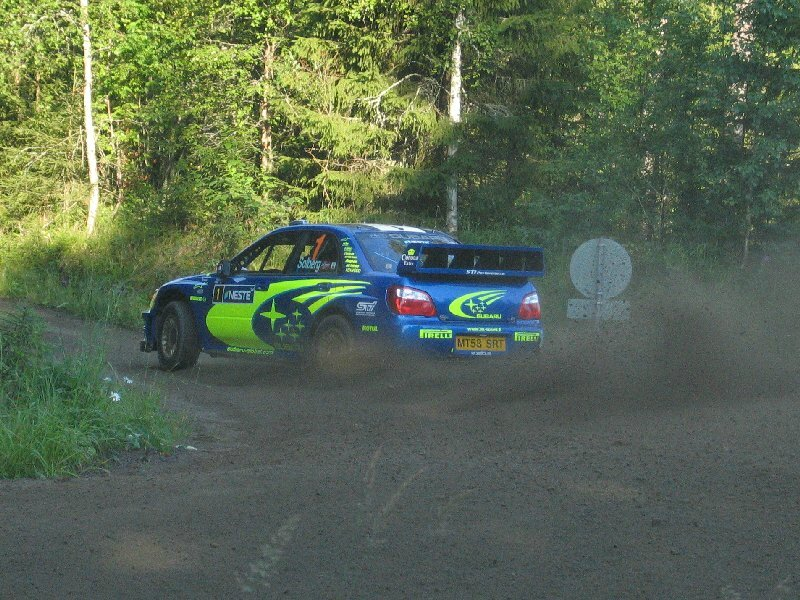 Petter_Solberg_-_2004_Rally_Finland_2