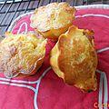 Muffins tomates coeur de bœuf et basilic
