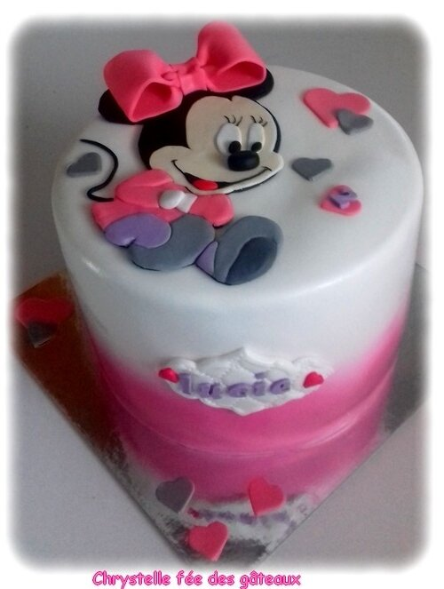 gateau baby minnie