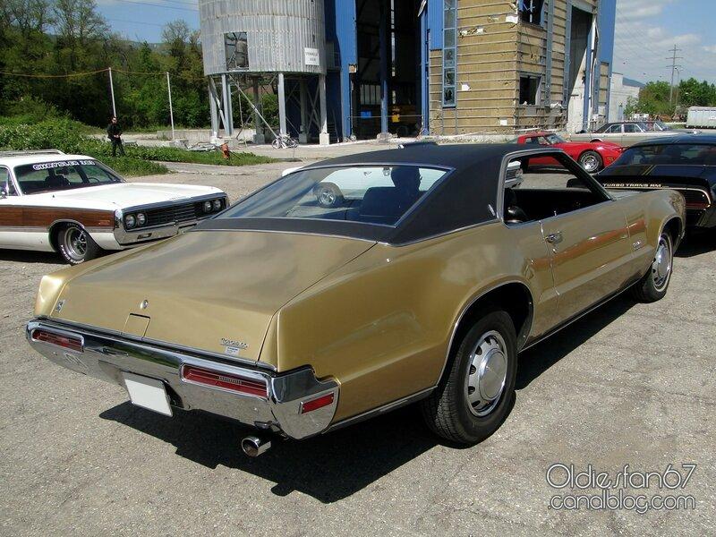 oldsmobile-toronado-1970-02
