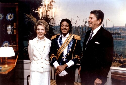 MichaelJackson_Visits-The-White-House-1984_Vettri