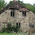 Une maison abandonnée par bongopinot