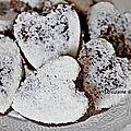 Coeur d'énergie aux pruneaux, amandes, linette et spiruline, vegan