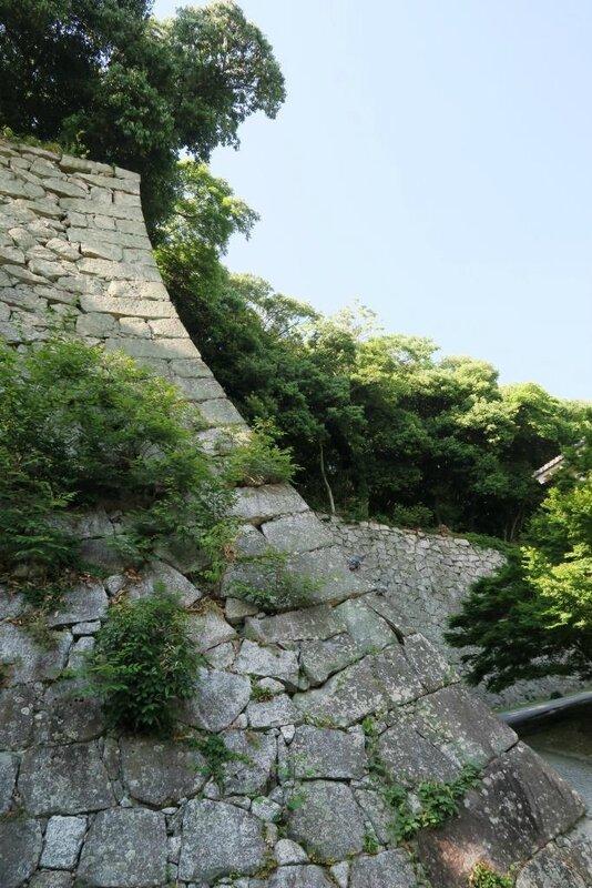 16-05-17_06_Matsuyama_château