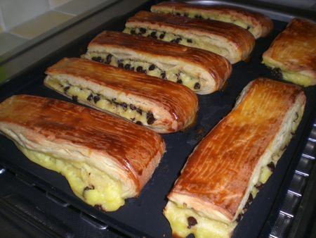 Brioches suisses a la crème pâtissière et chocolat