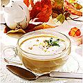 Velouté de champignons et chataignes, chantilly de boursin aux noix.....