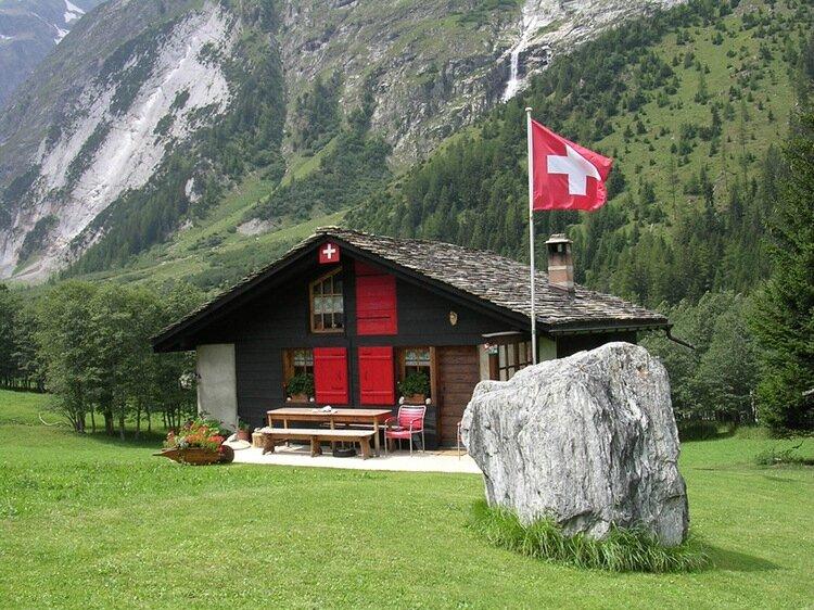05chalet-suisse-8729974628-347375