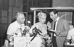 1960-06-01-on_set_LML-birthday_of_MM-013-2