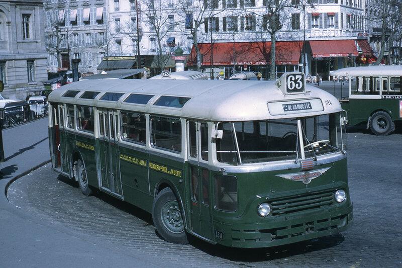 1968_APU53-63gare-de-lyon