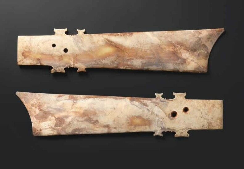 A rare and large mottled beige jade blade, yazhang, Neolithic period (2)