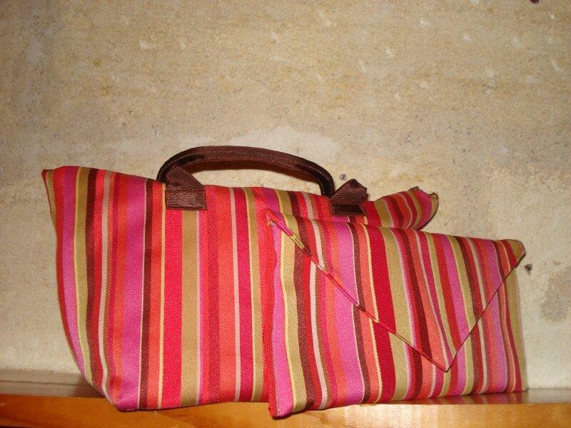 sac et porte chéquier coordonnés