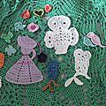 Appliques, grigris, fleurs, port clefs crochet
