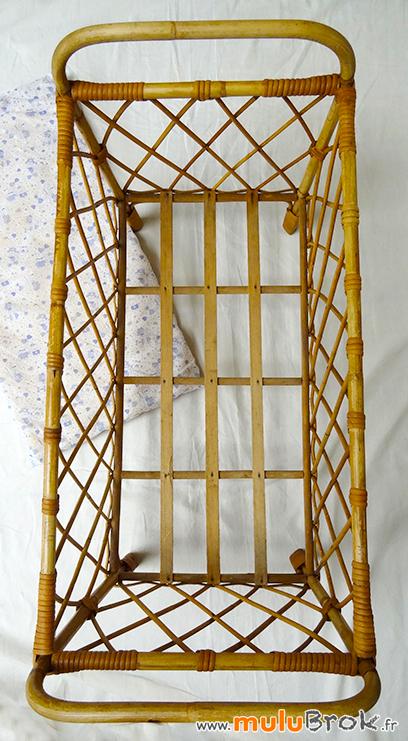 GRAND-LIT-ROTIN-POUPEE-6-chambre-bébé-muluBrok-Vintage