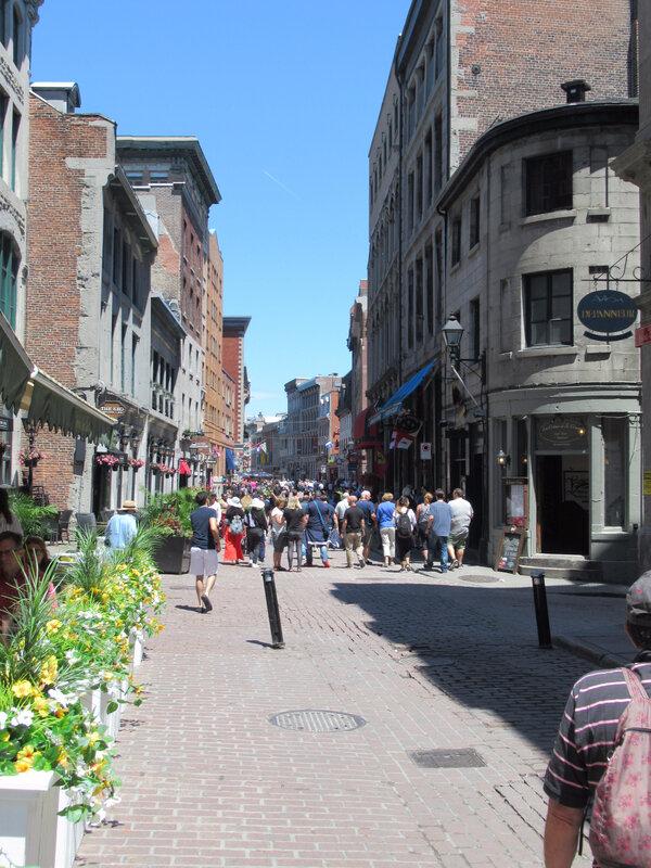 7 juin 17 Canon visite du Vieux Montréal (50)