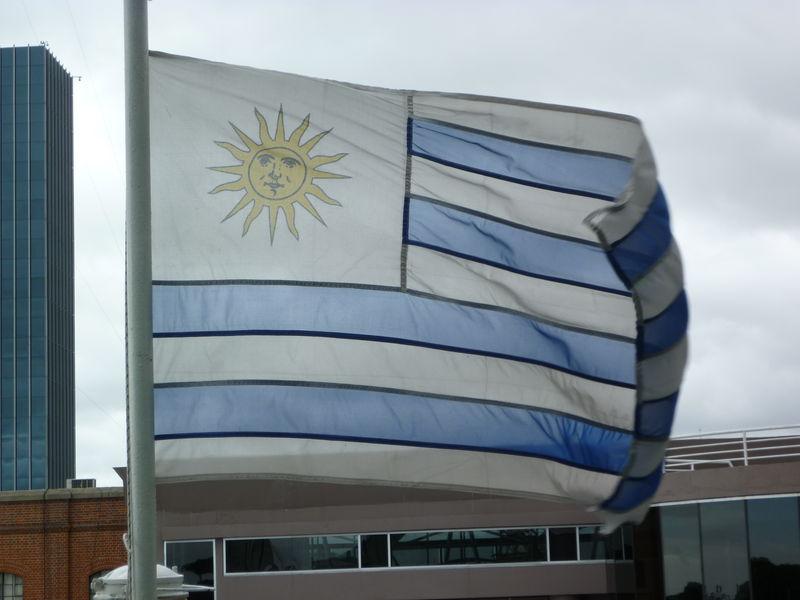 Bandera de l Uruguay
