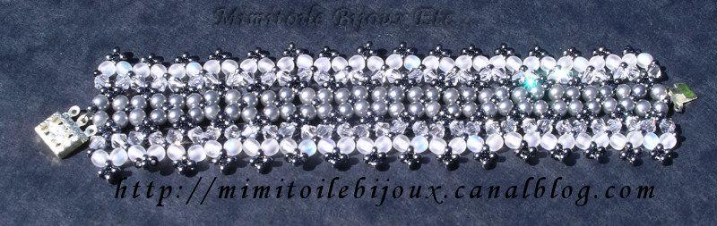 bracelet gris et blanc tissage de perles