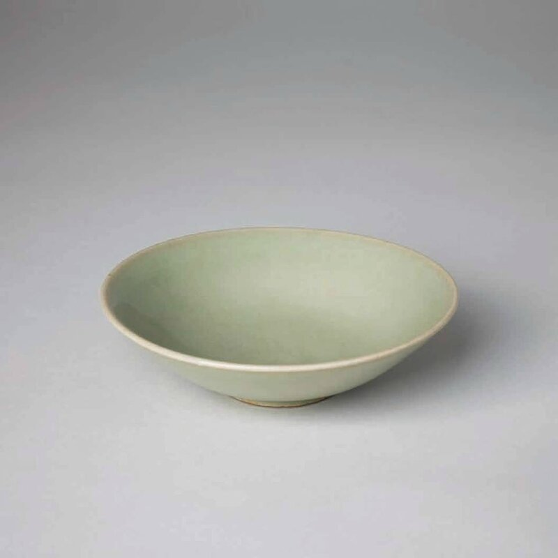 Small Yaozhou Shallow Bowl, Five Dynasties, 10th c
