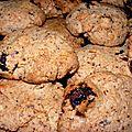 Cookies amandes, raisins, noix de cajou, pépites de chocolat.