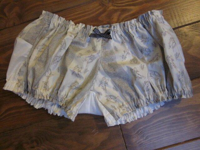 Culotte en coton écru rayée d'angelots gris et noeuds assortis devant et sur fesses - taille S (3)