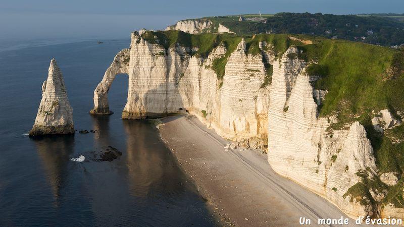 Les falaises d 39 etretat un monde d 39 vasion - Office de tourisme d etretat ...