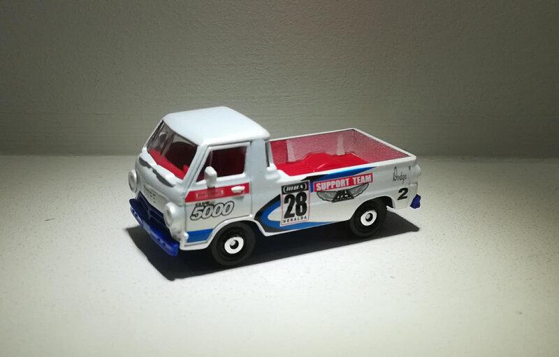 Dodge A100 de 1966 (Matchbox) 02