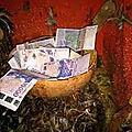 le fétiche ancestral legba qui vomie de l'argent du grand maitre marabout tcheka