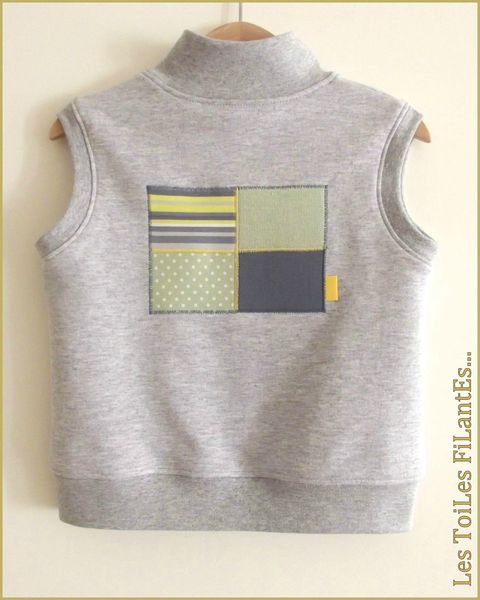 10-Ensemble gris vert amande salopette tee-shirt sweat sans manches7