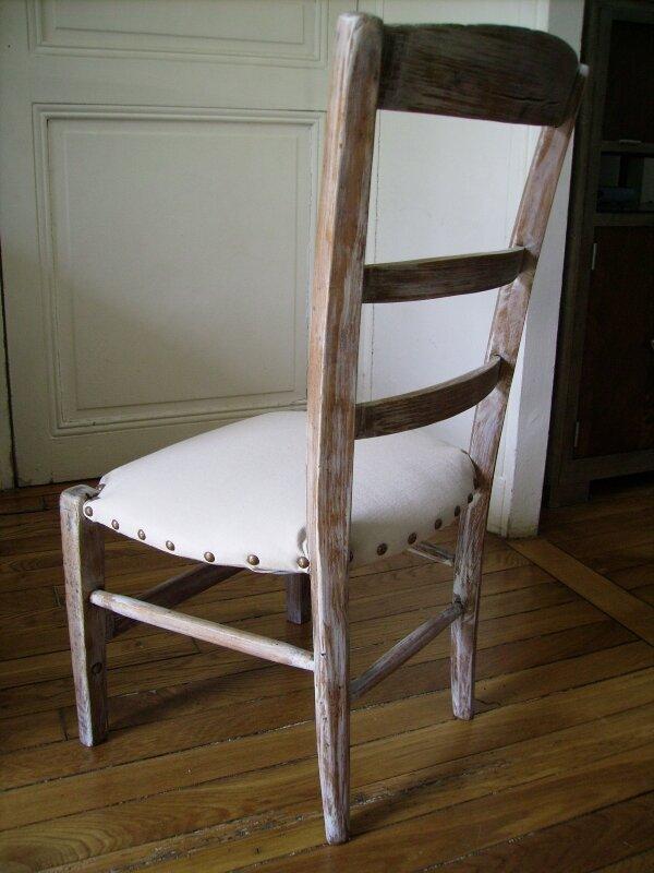 Chaise de nourrisse - dos