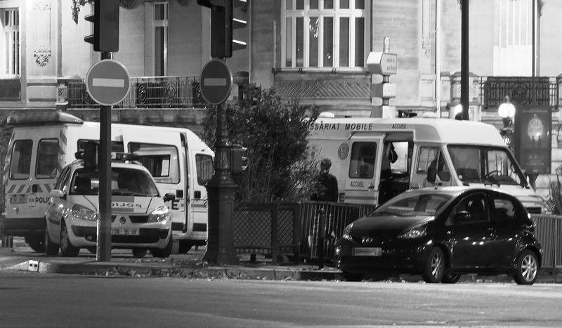 Paris_s__veille_au_X10_011_n_b